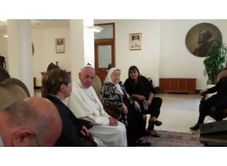 Visite e Rosari, il Papa fa politica? Il timore in Argentina