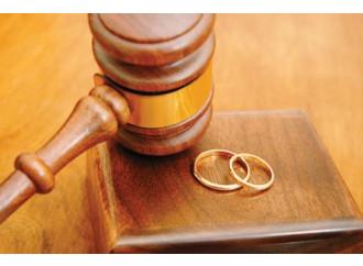 Indemoniata! Il giudice rispolvera l'atto di ripudio