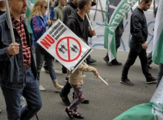 Fallisce referendum sulla famiglia in Romania
