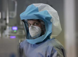 Il virus inglese ci proietta nell'infinito pandemico