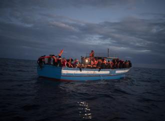 Migranti illegali e tratta, la ricerca di una Ong fa luce