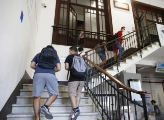 Psicologo d'obbligo a scuola, l'ultimo danno ai giovani