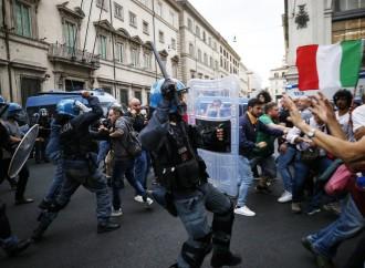 Governo schiavo dell'emergenza, non vede il degrado del tessuto civile