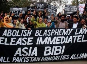 Blasfemia: cristiano abusato si butta dalla finestra