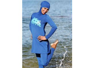 Burkini, Occidente in balia di imbecillità e violenza