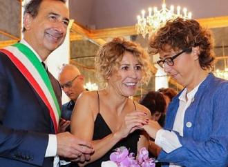 Milano festeggia la famiglia che non sostiene più