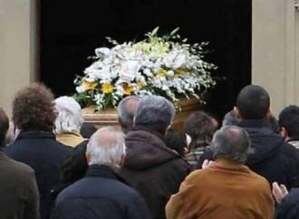 Funerale senza prete, responsabilità molto grave