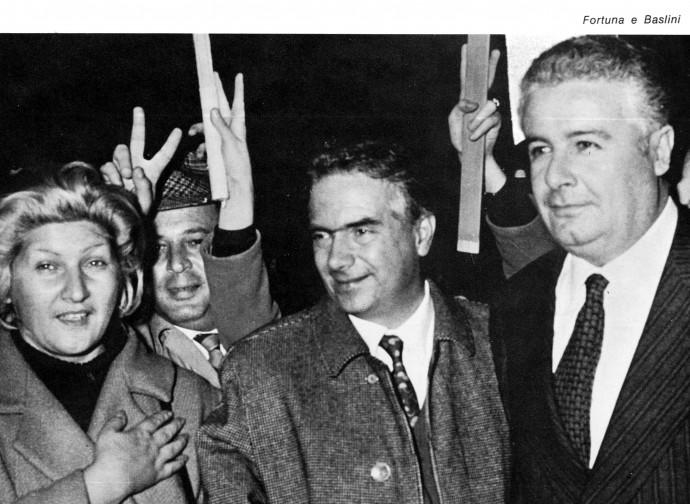 Fortuna e Baslini festeggiano la legge sul divorzio (1970)