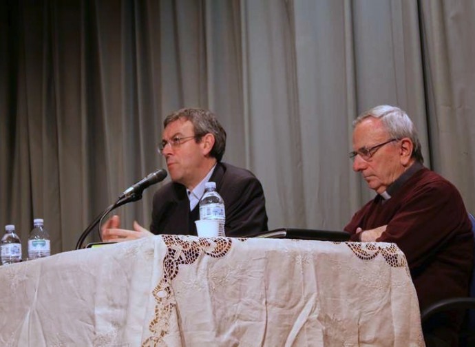A sinistra don Aristide Fumagalli
