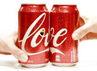 La Coca Cola al Gay Pride e le parole di Salvini