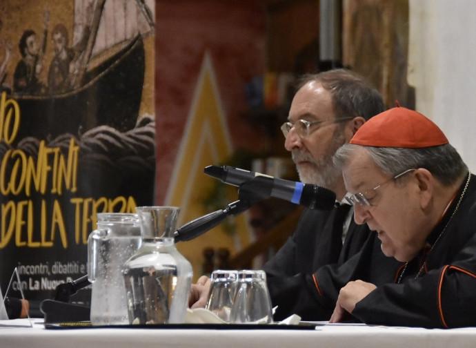 Il cardinal Burke con il direttore della Bussola Cascioli