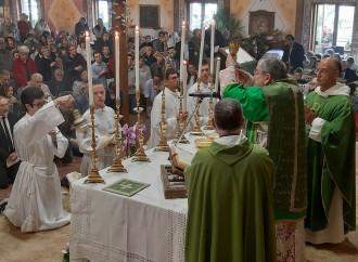 La Chiesa del dialogo umilia Burke: Messa a porte chiuse