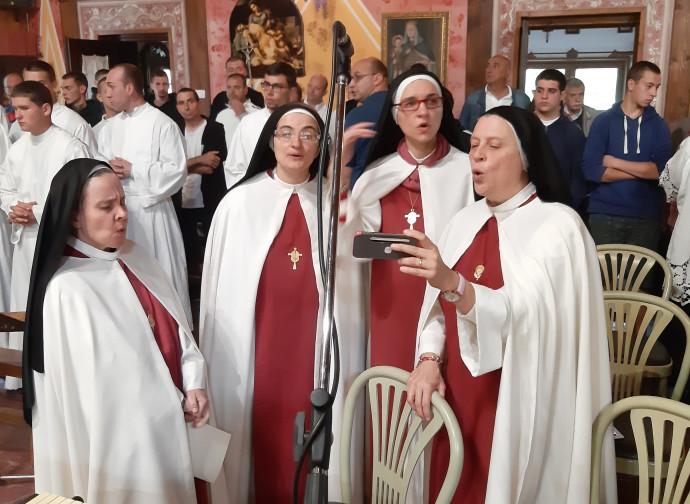 Il coro della Adoratrici del Santissimo Sacramento