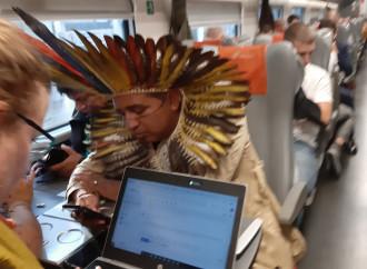 """""""Se telefonando..."""". Fenomenologia dell'indigeno"""