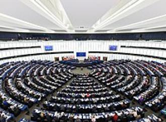 UE boccia emendamento contro utero in affitto