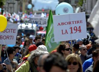 Il vescovo Suetta: «Aborto, basta tabù: abrogare la 194»