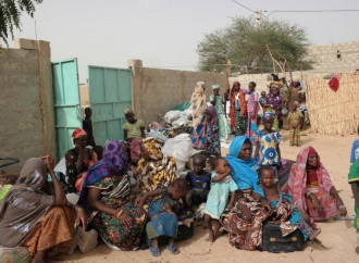 Nuove violenze mettono in fuga migliaia di persone nel nord della Nigeria