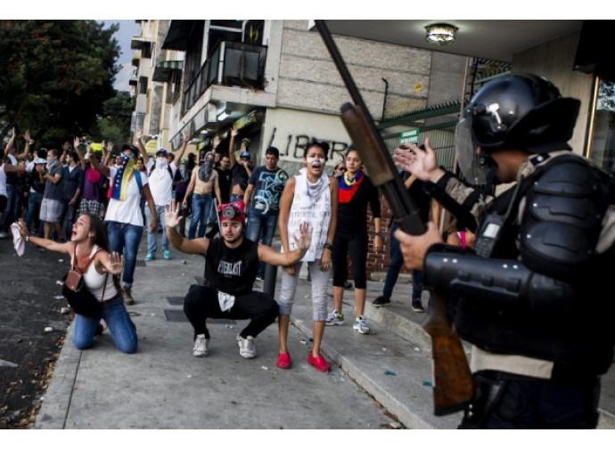 Arresti di oppositori a Caracs