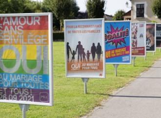 """Svizzera, referendum """"nozze"""" gay: vincono i Sì"""