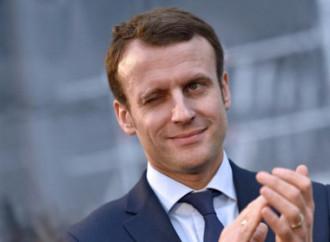 Macron leader per tutti, ma solo a parole