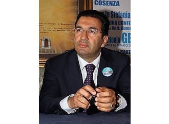 Caso Gentile, l'ipocrisia dei giornali italiani