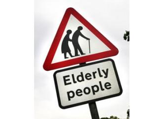 Regno Unito, così si lasciano morire gli anziani