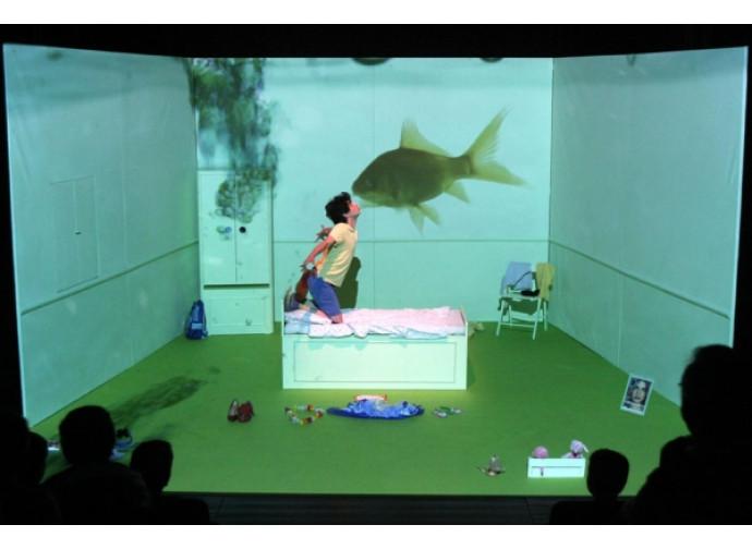 Una scena di Fa Afafine, spettacolo per ragazzi gender oriented