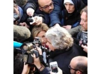 Così Grillo manipola  i giornalisti