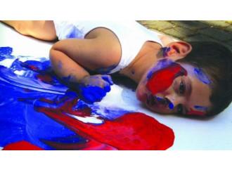 Emanuele, l'altro Charlie che fa il pittore. Ed è amato