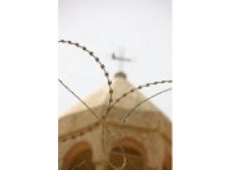 Preghiera e testimonianza disarmano i persecutori