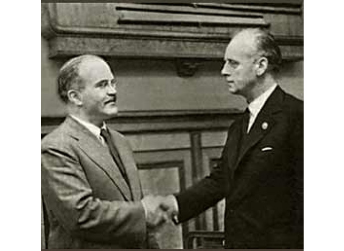 Patto Molotov Ribbentrop (1939) fra nazisti e sovietici