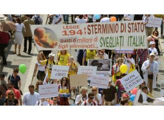 In Lazio gli obiettori sono costretti all'aborto
