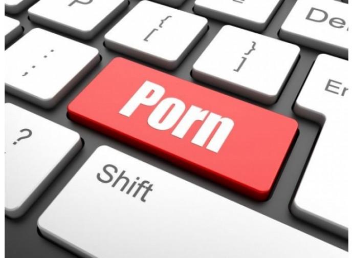 Il business della pornografia prospera grazie all'on line