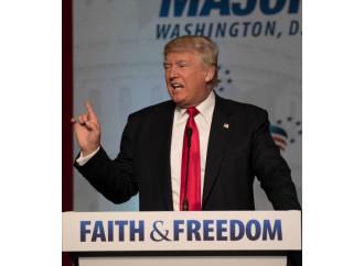"""Libertà religiosa, Trump firma un decreto """"insulso"""""""