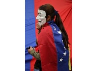 Venezuela, o il paese cambia rotta o collassa