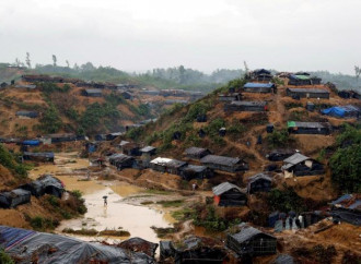 """I rifugiati Rohingya sono il """"grande mercato"""" delle ong"""