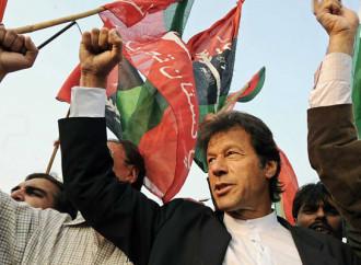 Vince le elezioni del 25 luglio Imran Khan, un politico tra i più vicini ai talebani