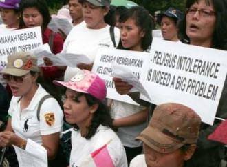 Un messaggio al mondo dei cristiani pentecostali indonesiani perseguitati dall'Islam estremista