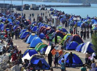 Continua il trasferimento di famiglie siriane dalle isole alla terra ferma