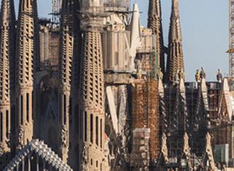 Un sindaco contro la Sagrada Familia