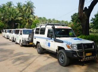 L'Oim riceve dieci nuove ambulanze per assistere i rifugiati Rohingya in Bangladesh