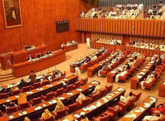 Il Senato pakistano si divide sulla sentenza ad Asia Bibi