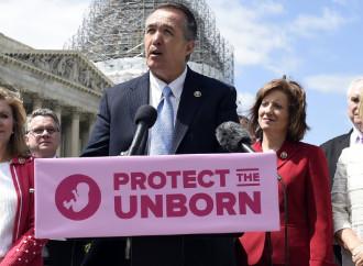 Trump: sì alla legge contro l'aborto votata alla Camera