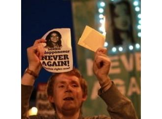 La morte di Savita  in pasto agli abortisti