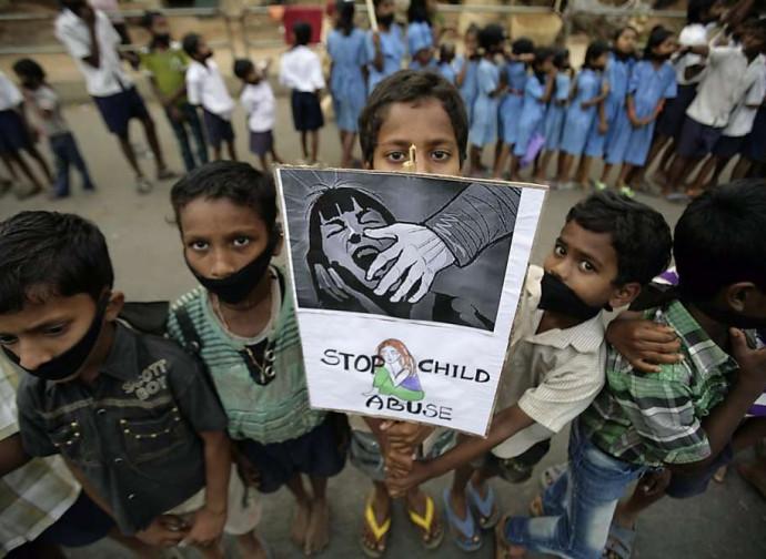 India, protesta contro gli abusi