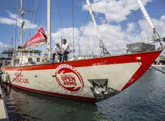 La procura di Catania sequestra la nave ProActiva della Ong spagnola Open Arms