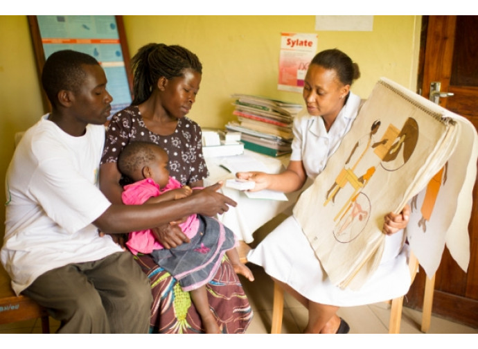 Lezione di pianificazione familiare in Africa