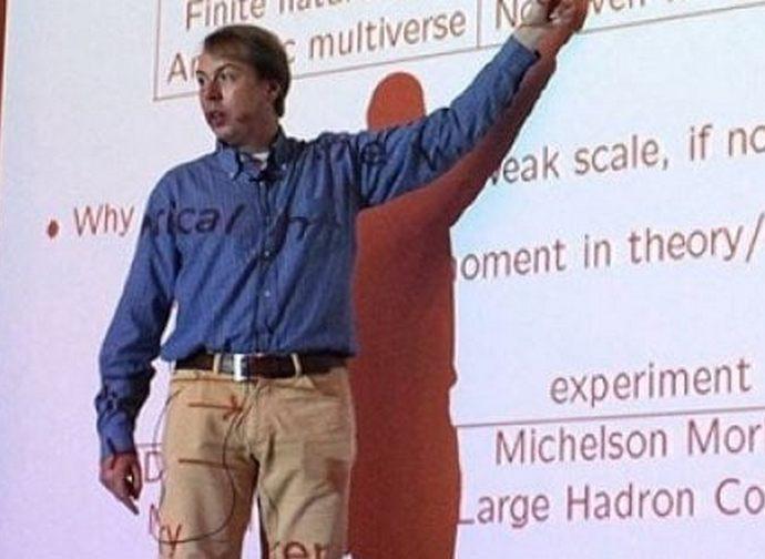 Il professor Alessandro Strumia