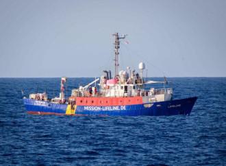 Chiusi i porti italiani alle navi Lifeline e Seefuchs