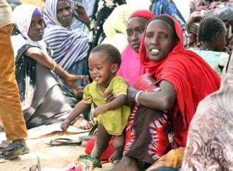 Continua il flusso di profughi dall'Etiopia al Kenya, in gran parte donne e bambini